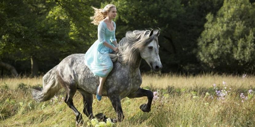 Disney-Cinderella-2015_zpsj6kd39ww